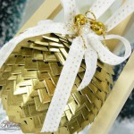 Gold Creative Photo Corner Ornament by Asia King
