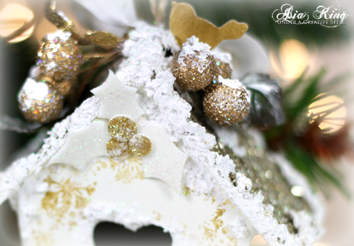 3d foam layered holly decoart snow-tex white and gold ornament