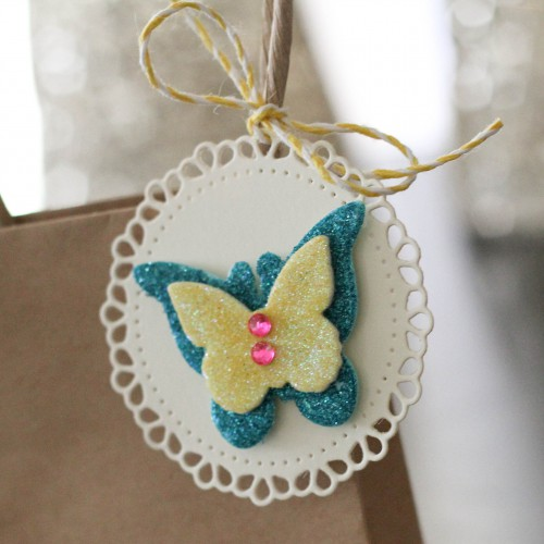 Easy Gift Bag and Tag Tutorial by Latisha Yoast for Scrapbook Adhesives by 3L
