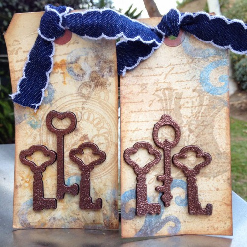 Mixed Media Tag tutorial by Donna Salazar