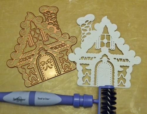 MargieHiguchi GingerbreadHouseShapedCard Step03