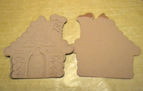 MargieHiguchi GingerbreadHouseShapedCard Step05
