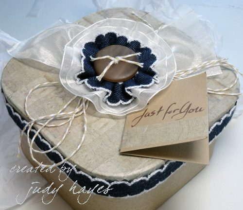 judy_hayes_denim_and_ribbon_box_topper-14