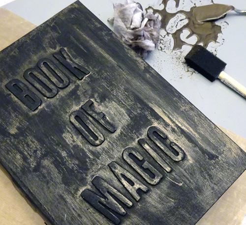margiehiguchi-500-bookofmagic-step6