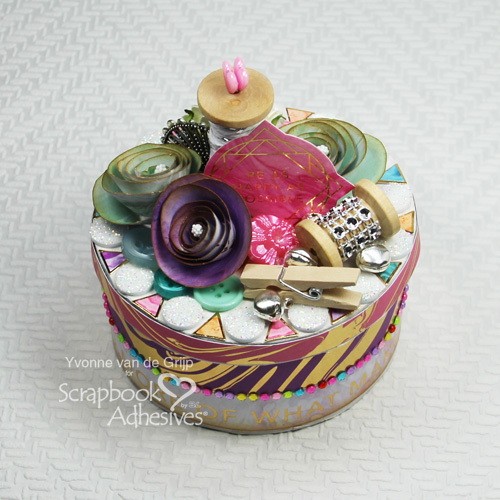 Gift Box that Shines by Yvonne van de Grijp for Scrapbook Adhesives by 3L