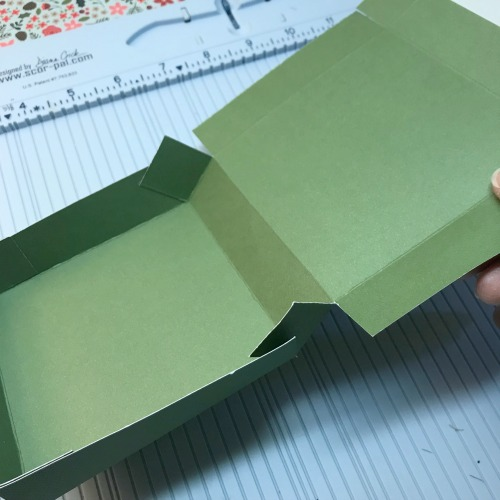 Christmas Hinged Gift Box Tutorial by Shellye McDaniel for Scrapbook Adhesives by 3L