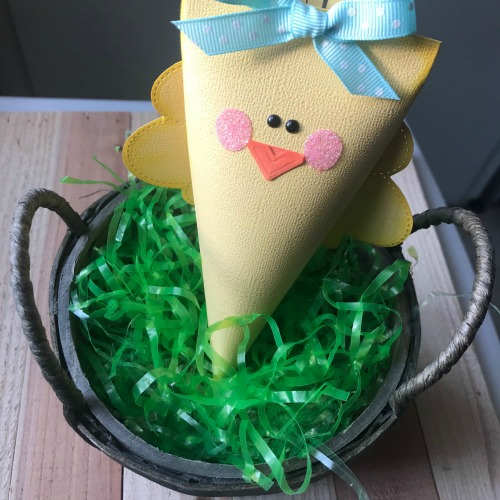 Easter Chick Treat Containers by Shellye McDaniel for Scrapbook Adhesives by 3L