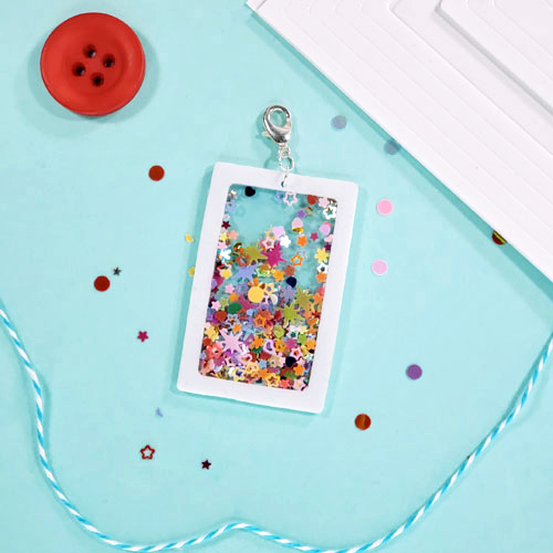Shaker Key Chain and Card Ensemble by Sheri Holt for Scrapbook Adhesives by 3L